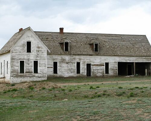 abandoned-broken-building-field